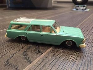 Voiture Dinky 1/42 Rambler Classic