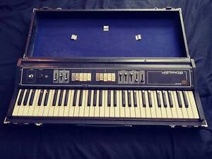 Roland RS-202 String Synth