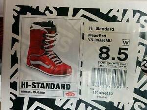 NEW VANS Off The Wall Ladies Snowboarding Boots Oakville / Halton Region Toronto (GTA) image 3