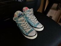 British knights shoes girls sneakers Size 10