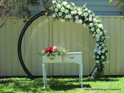 Circular/Round Wedding Arbour/Event Backdrop
