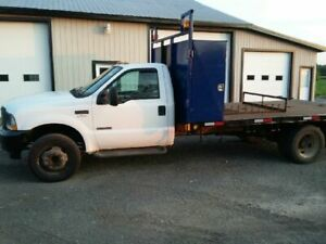 2004 Ford F-550 flatbed 14.6ft, manual trans
