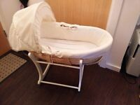 Moses basket with rocking stand, two mattresses and bedding