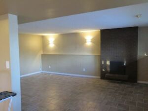 2 LARGE BEDROOM DUPLEX AVAILABLE IMMEDIATELY
