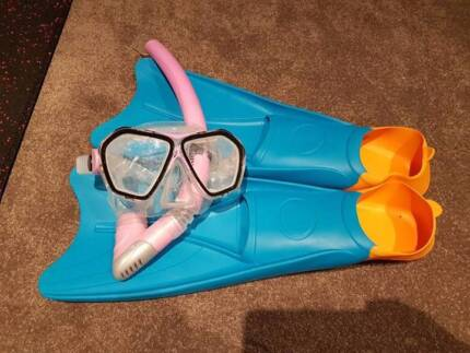 US Divers snorkeling set - used once
