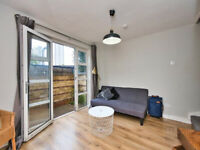 Stunning 3 bed Gated Mews House in Bow, E3