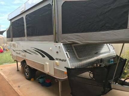 Goldstream Wing 3 ST Pop-top camper trailer