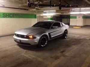 2012 mustang gt 6 speed London Ontario image 2