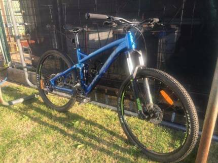 2015 medium Norco Fluid 7.2