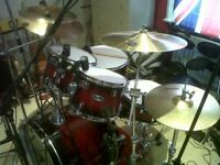 7 Piece Drum Kit and inc hardware