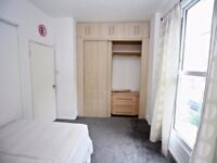**AVAILABLE NOW** Perfectly sized 2 bedroom flat in Kilburn Highroad