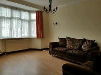 Immaculate 3 bed 2 reception house available now I'm Chadwell heath rm6