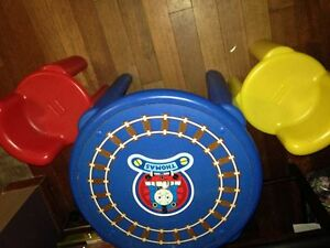 Thomas little tikes table and chairs