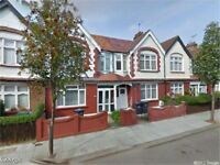 Large 3 Bedroom House, 2 Receptions, separate kitchen , private garden