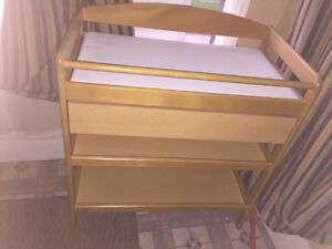 Wooden baby changing table and mat