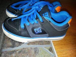 Soulier enfants DC shoes grandeur 11