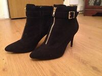 New Look Wide Fit, Zip Front Black Stiletto Boots, Size 7