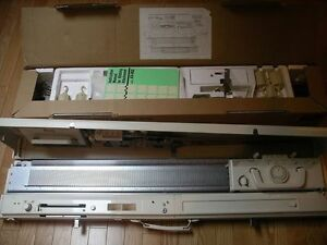 KR 850 Standard Knitting machine with ribber