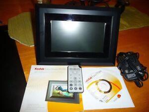 Cadre photo numérique Kodak 7 pouce 55$ négo!