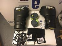 Leather boxing gloves + rope and accessories