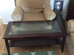 NICE COFFEE TABLE $30