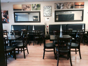 2 restaurant booths for sale