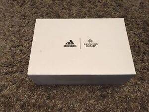 ADIDAS ULTRABOOST X REIGNING CHAMP SZ 9.5 US---DS