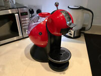 Dolce Gusto Machine in Red With Capsules