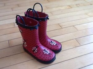 Rain boots size 10 toddler