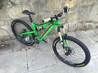 *Price Drop* Santa Cruz Bronson Carbon 650b Mountain Bike