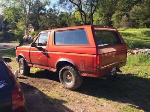 1994 Ford Bronco Pour pièces ou projet VUS