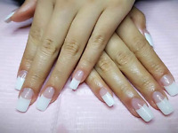 Pose d'ongle française 25$$$$ Wow Wowwws
