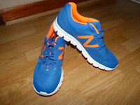 Brand New New Balance Trainers Running Shoes size 10