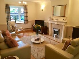 Modern Two Bedroom Furnished House with Garden in Stratford Upon Avon Old Town