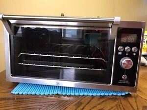 Convection Oven Hardly Used