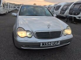 2003 Mercedes Benz C200 Kompressor Avagrade Automatic for quick sale or swap with Left Hand Drive