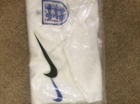 England 2018 world cup shirt (Uk Large)