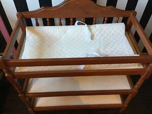 changing table Windsor Region Ontario image 1