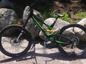 2016 Specialized Demo Carbon Large