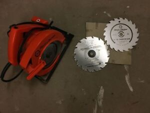 """Black and Decker Skill Saw 7 1/4"""" with Electric Cord"""