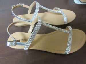 Size 9 women sandals