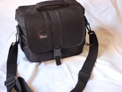 Lowepro Adventura 160 Camera Bag