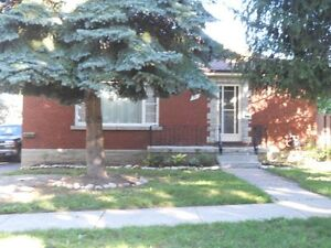 July 1 Dwnt Kitch Spacious Duplex 2Bdr Bright Lower Apt for Rent