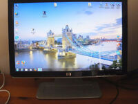 HP 19 inch monitor Built-in speakers