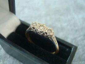 18CT GOLD DIAMOND TRILOGY RING