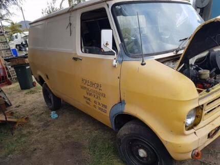 1979 Bedford van shorty