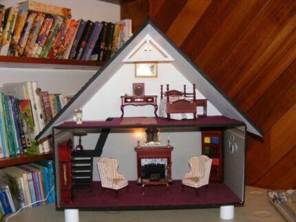 Dolls House Wynyard Waratah Area Preview