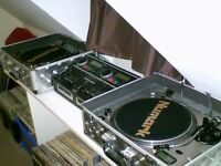 Numark TT1 Pro Turntables, CD Mix 1 + Vinyl
