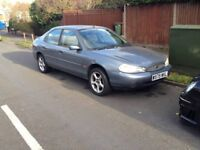 Ford Mondeo silver 2000 Hatch back 2.0 petrol ZETEC £250 TODAY LAST CHANCE