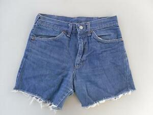 LEVIS-BLUE-VINTAGE-WOMENS-GIRLS-LADIES-DENIM-SHORTS-HOT-PANTS-JEANS-28-Waist